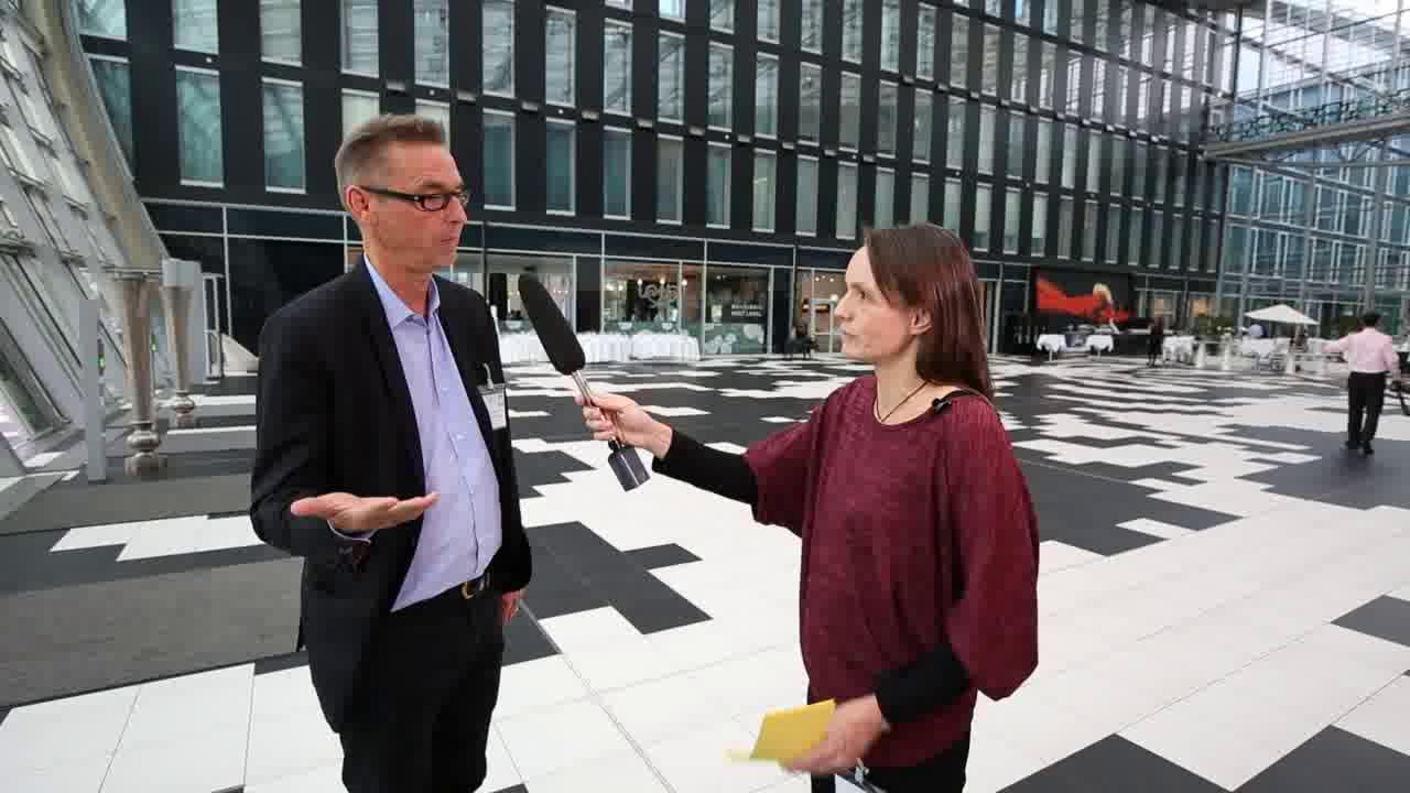 Link Otto Scharmer: 'Mit der Theorie U den disruptiven Wandel bewältigen'