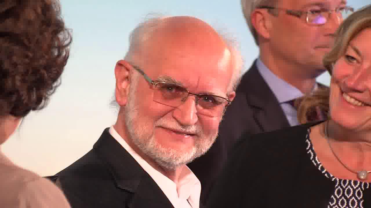Link Friedrich Glasl mit Life Achievement Award ausgezeichnet