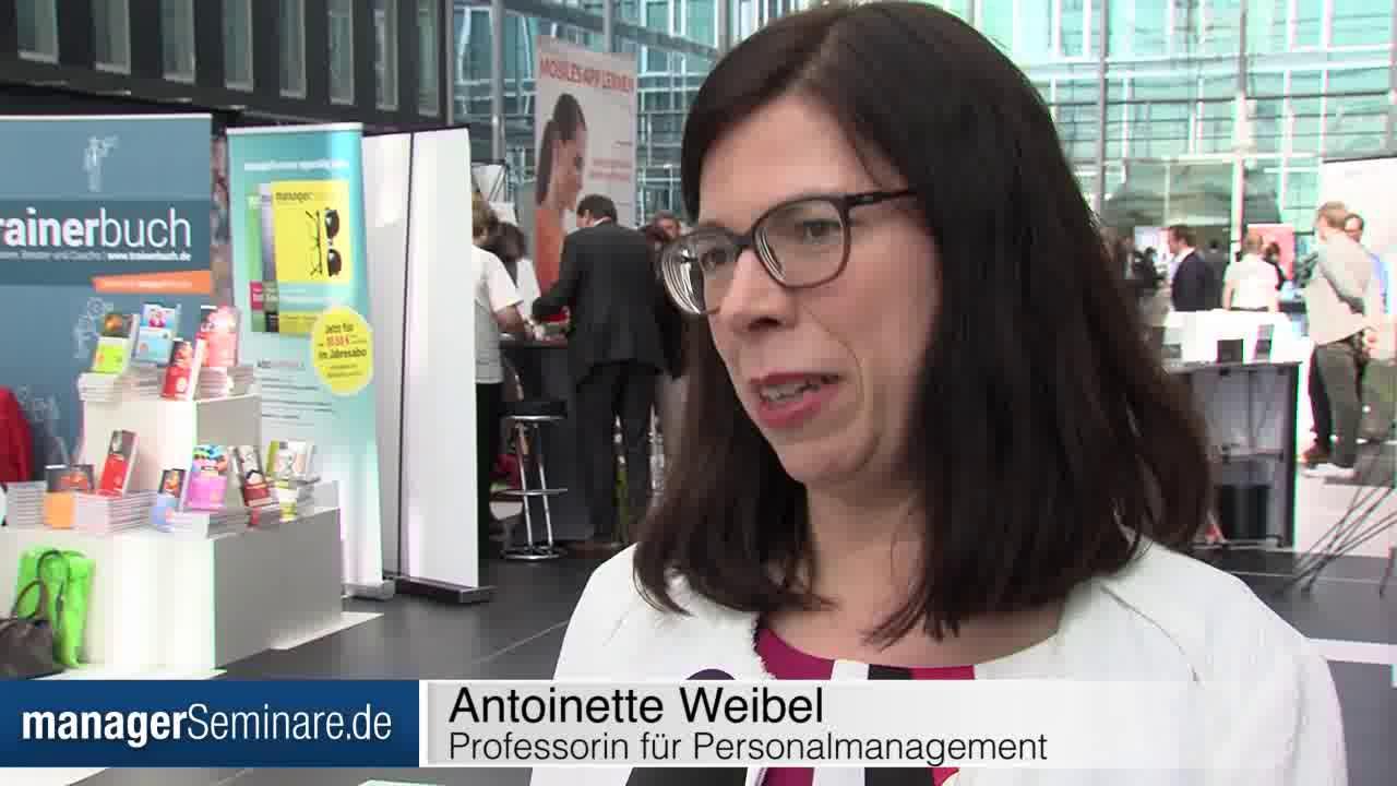 Link Antoinette Weibel im Interview: Der erste Schritt zum Vertrauen ist, sich zu trauen